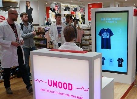 UNIQLO tích hợp khoa học thần kinh với những trải nghiệm mua sắm tại cửa hàng để cung cấp cho khách hàng một loạt các sản phẩm với mẫu mã phù hợp tâm trạng hiện tại của họ.